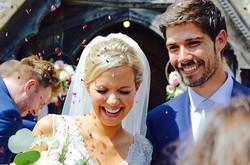 #wedding #weddingphotography #brideandgroom #confetti #happy #photooftheday #zaza #flowersandphotos