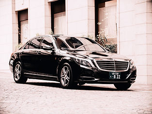 Mercedes Benz S400d Long-1.jpg