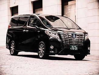 Toyota Alphard Executive Lounge-1.jpg