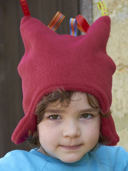 red toggles hat