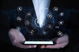 ネットワーク関連のアイコン図とスマートフォン