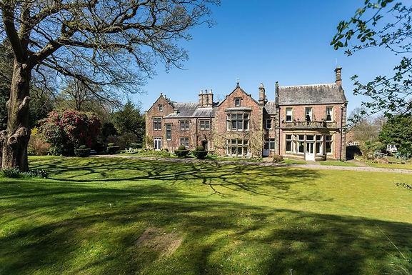 Grade II* Elizabethan Retrofit and New Build Passivhaus Development
