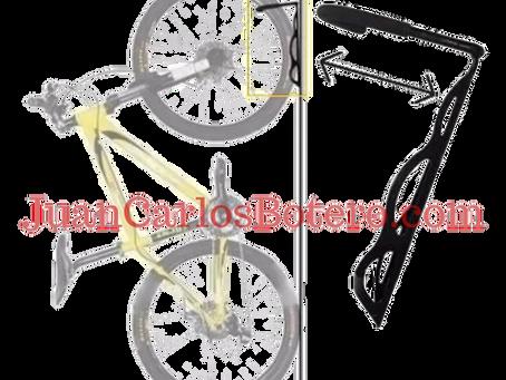 Soporte de gancho o bicicletero para colgar las bicicletas.