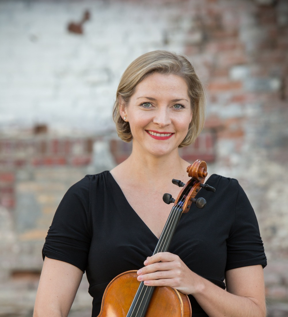 Maria Ritzenthaler, Viola