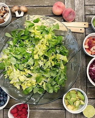 nutrition-salad-2756467_1280.jpg