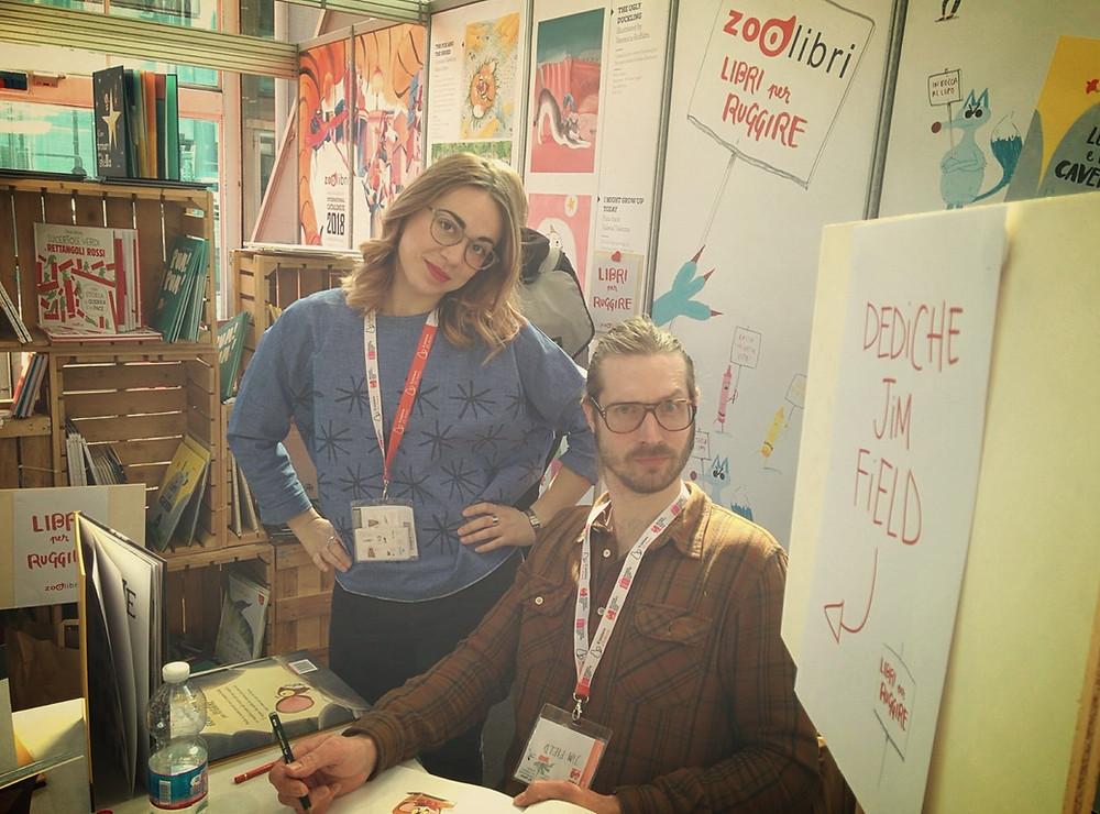 Jim Filed a  Bologna Children's book fair durante le dediche delle ultime 20 copie del leone dentro