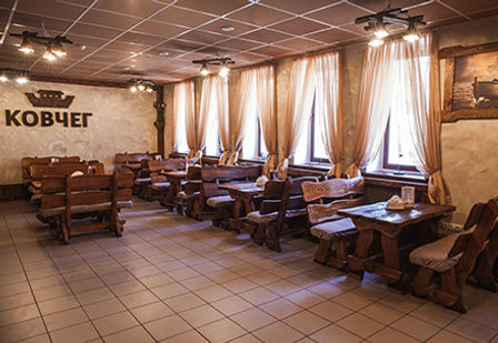 Большой зал кафе Ковчег