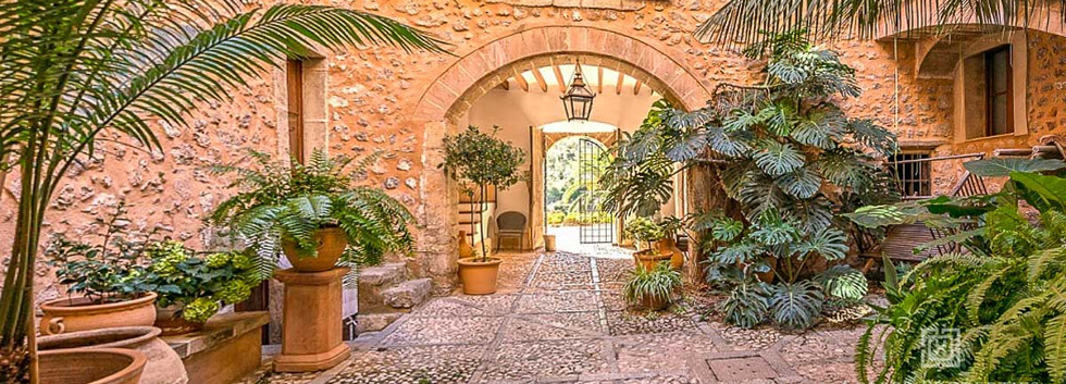 Soller Property and hotel for Sale