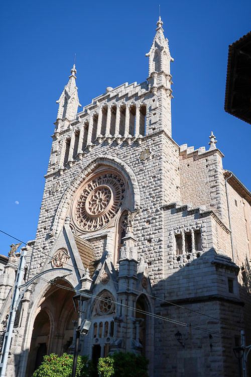 The church of soller located in the main square of soller