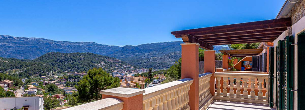 Puerto de Soller house with views for sale