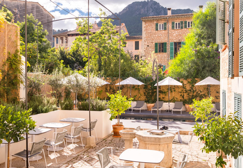 Soller Townhouse in the heart of Town