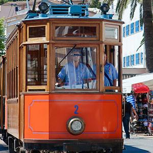 Vintage tram Port de Soller