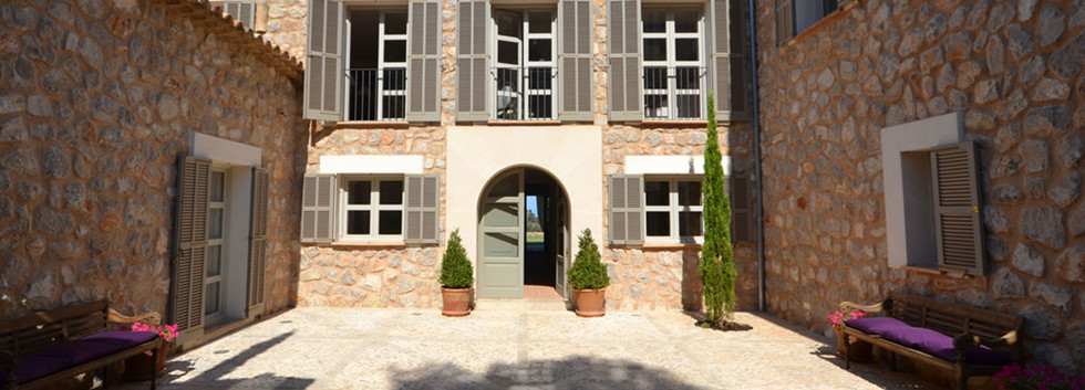 Grandeur - Beautiful Villa for sale in Deia