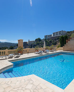Penthouse apartment in Port de Soller for sale
