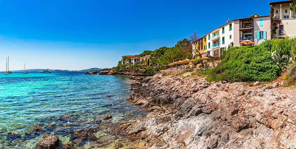 anchorage club, seafront complex with stunning views near Palma de Mallorca