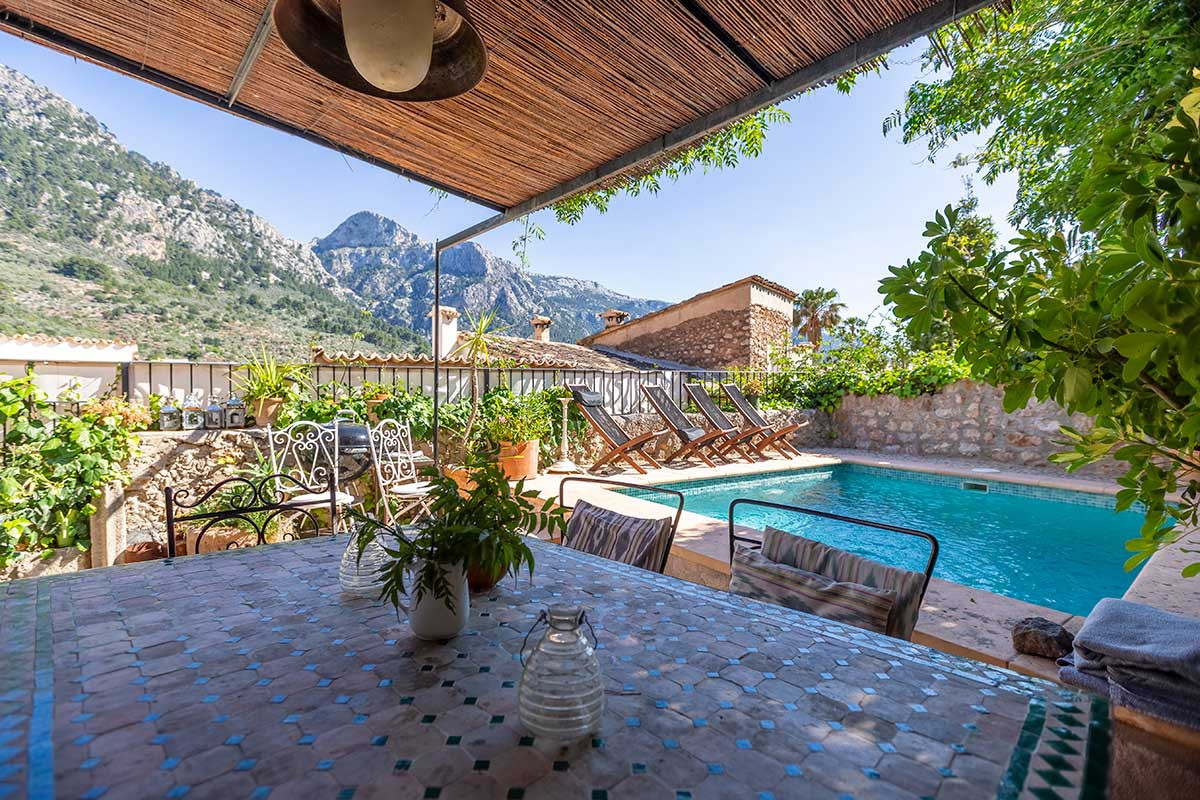 Fornalutx House with Pool for Sale