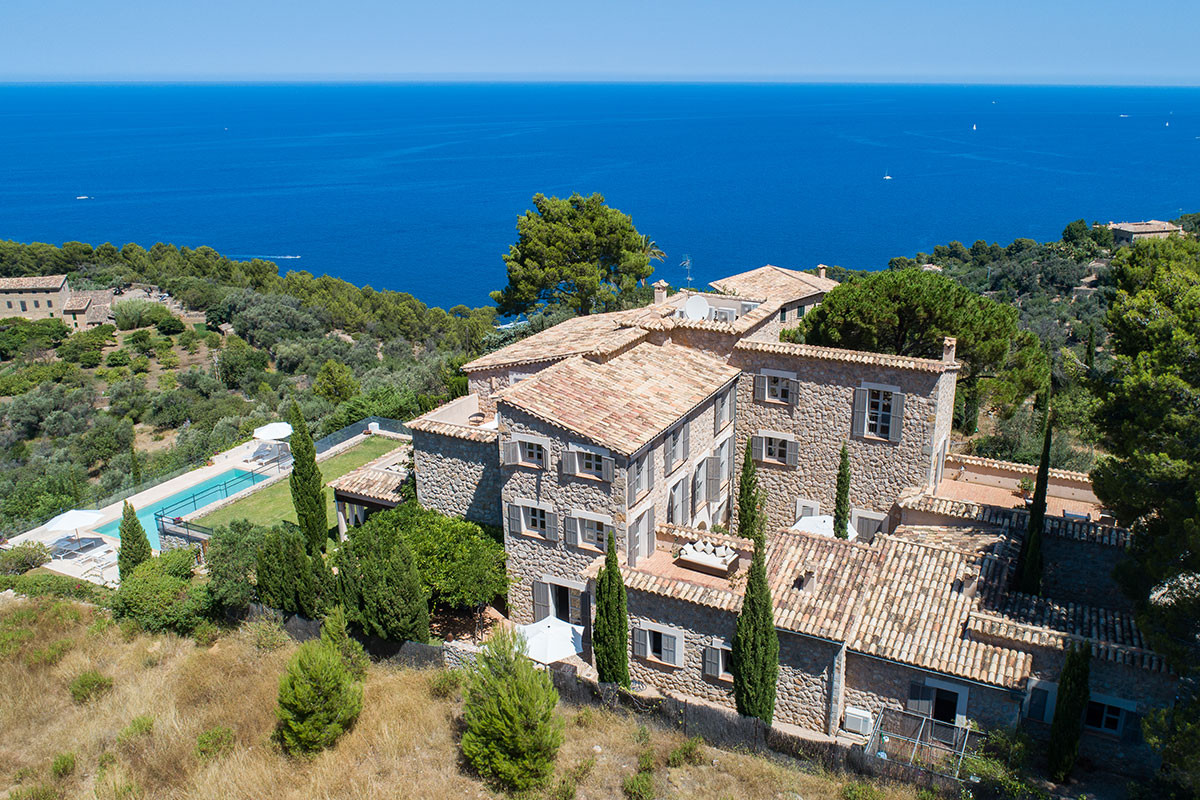 Villa with spectacular seaviews for Sale in Deia