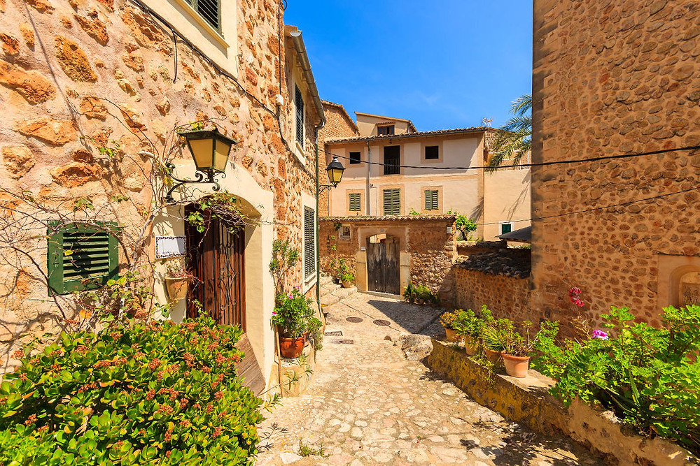 stunning village of Fornalutx in mallorca with stone houses