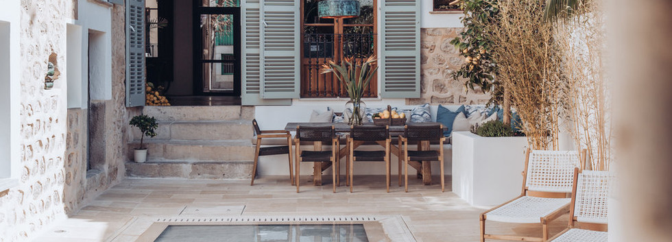 Traditional Townhouse For Sale in Soller