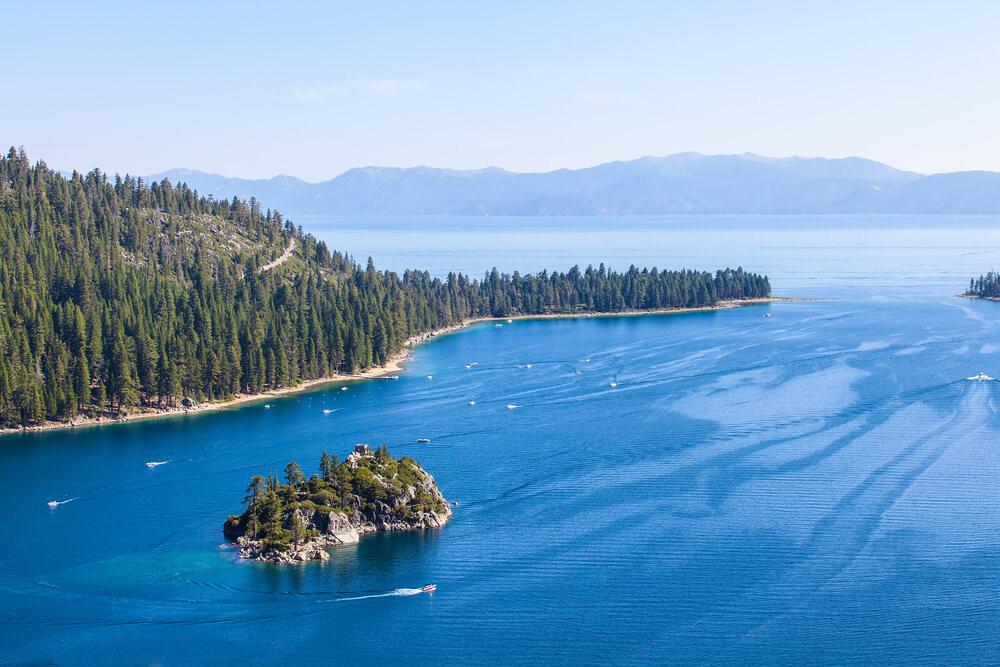 Lake Tahoe Facts