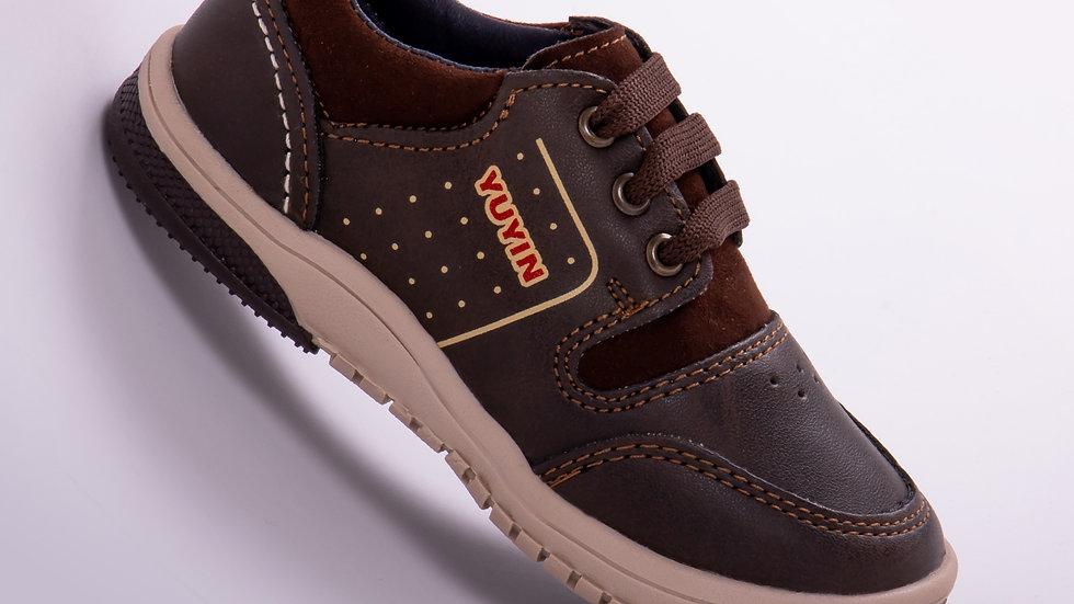 Calzado Casual Para Niño Color Chocolate Modelo 29421 Talla: 13-17.5