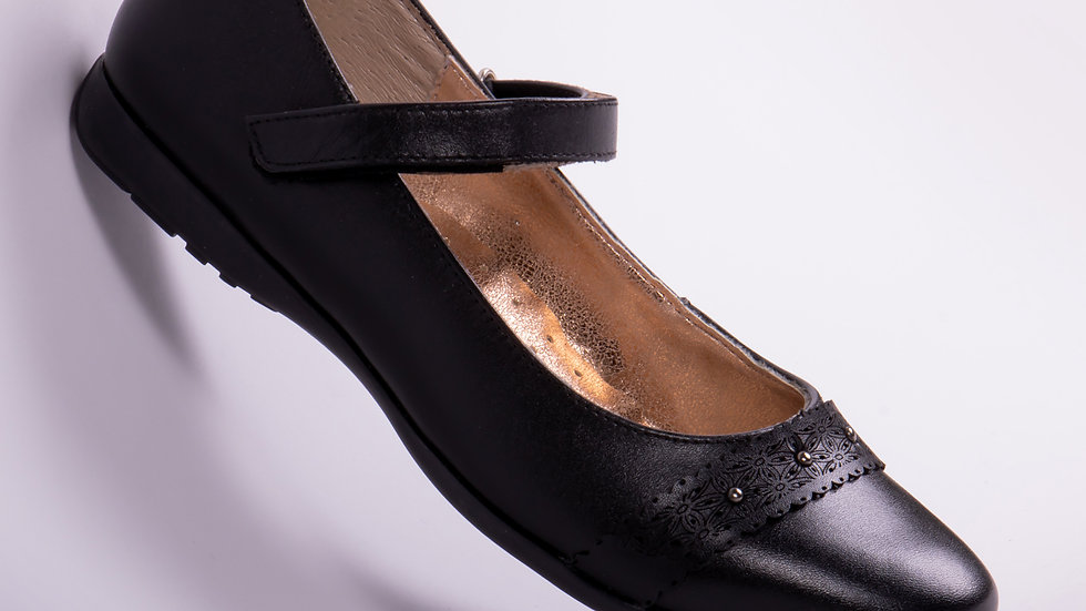 Zapato Escolar Para Niña Color Negro Modelo 39173 Talla: 22-26