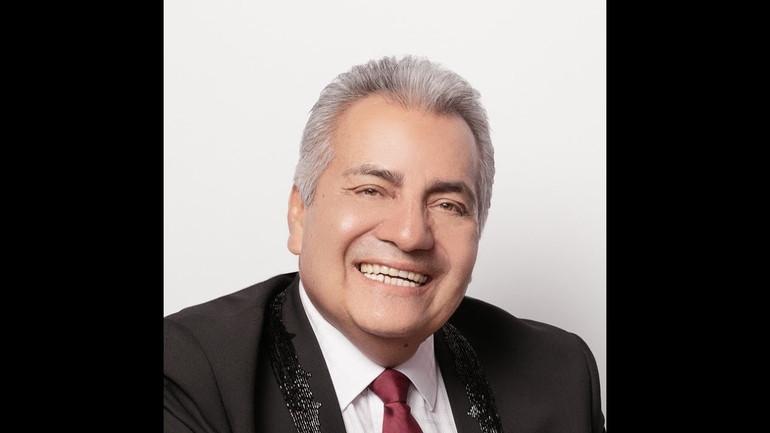 Luis Bustamante - Super Regional Manager