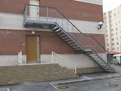 Вход на второй этаж наруж 2.jpg
