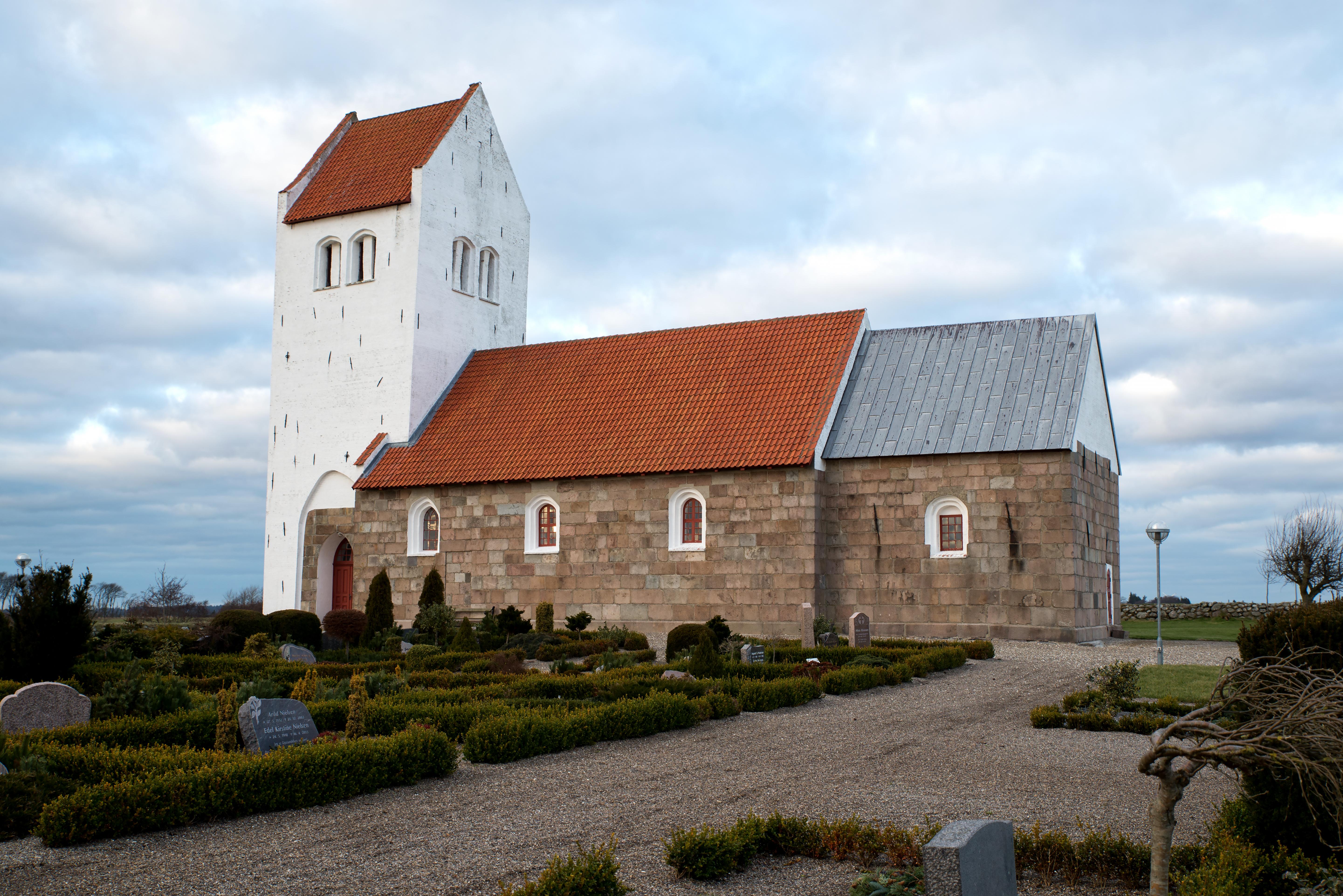 Øsløs kirke