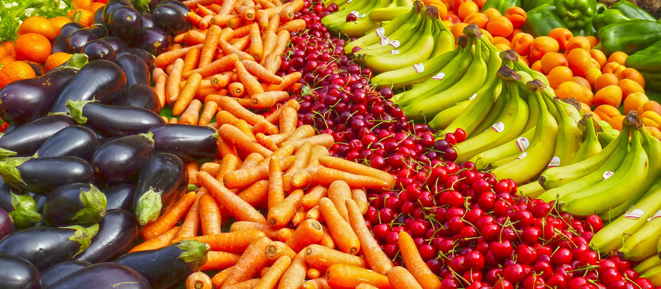 Eat the Rainbow: How Eating a Diverse Range of Colorful, Whole Foods Impacts Your Health