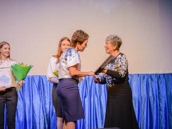 Истринской средней общеобразовательной школе № 2 исполнилось 45 лет.