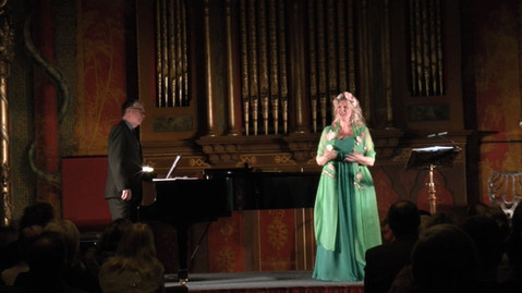 Royal Pavilion recital - The Earth Laughs in Flowers
