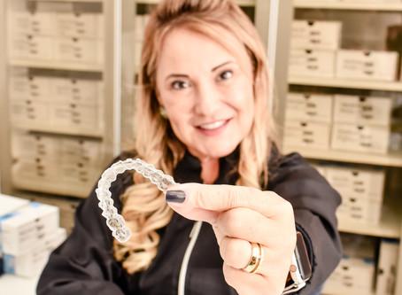 Tratamento dentário aparelho transparente Invisalign - Drª Christiani Martins Paulínia e Campinas