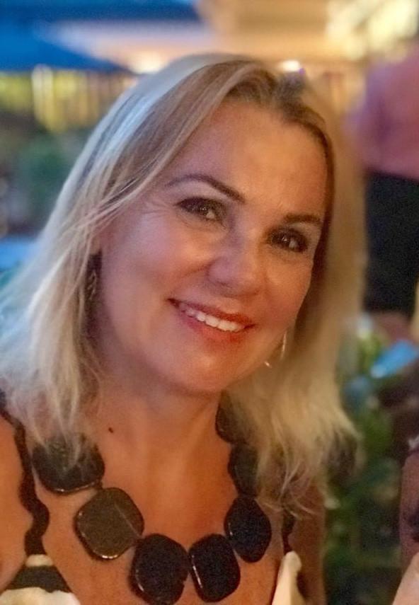 Na Clínica Rothier Odontologia Integrada Drª Monica Moreira é especialista em DTM, bruxismo e distrubios do sono (apnéia e ronco).