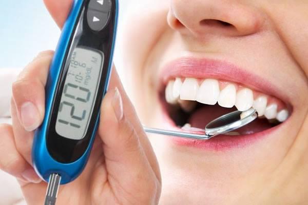 o paciente com diabete - além de seguir com as recomendações do seu médico, deve procurar um profissional da Odontologia, Clinica Rothier Barra da Tijuca Ipanema