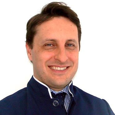 Dr. Eduardo Rothier