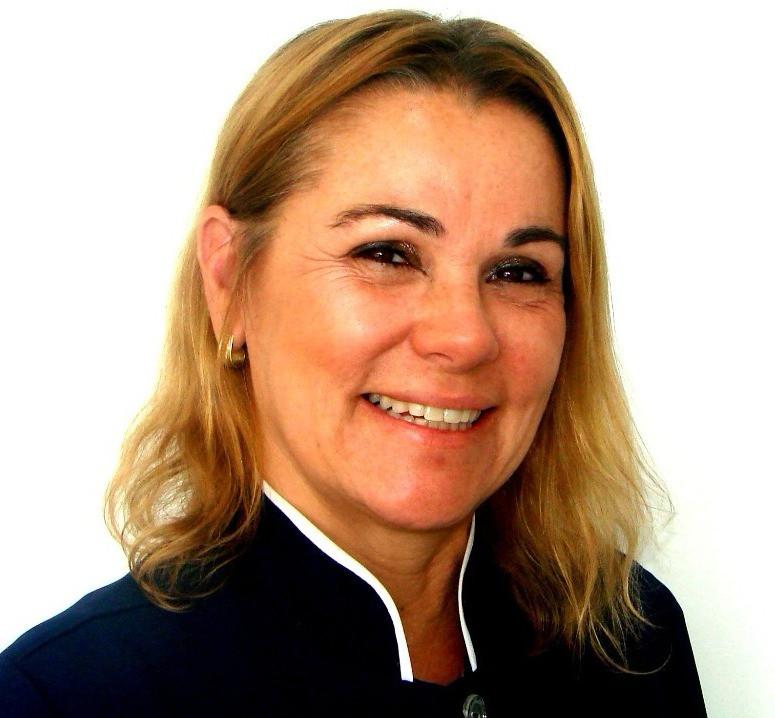 Dra Monica Moreira, dentista especializada em DTM, Ronco e Apnéia do Sono Clinica Rothier Barra da Tijuca