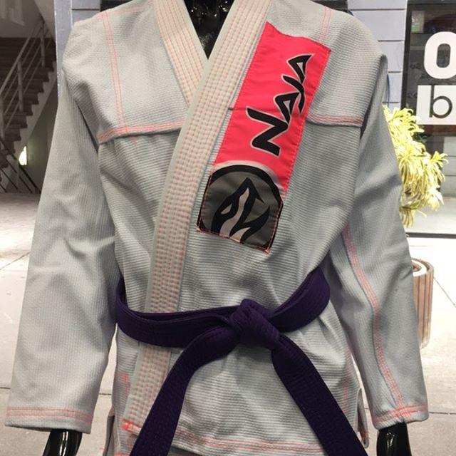 kimono jiu jitsu feminino rio
