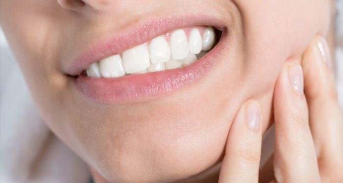 Bruxismo, apertamento dentário pode ser consequencia de estresse, procure orientação Clinica Rothier Barra da Tijuca
