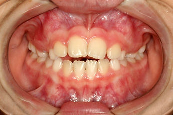 dra Carolina Junqueira dentista  (1).JPG