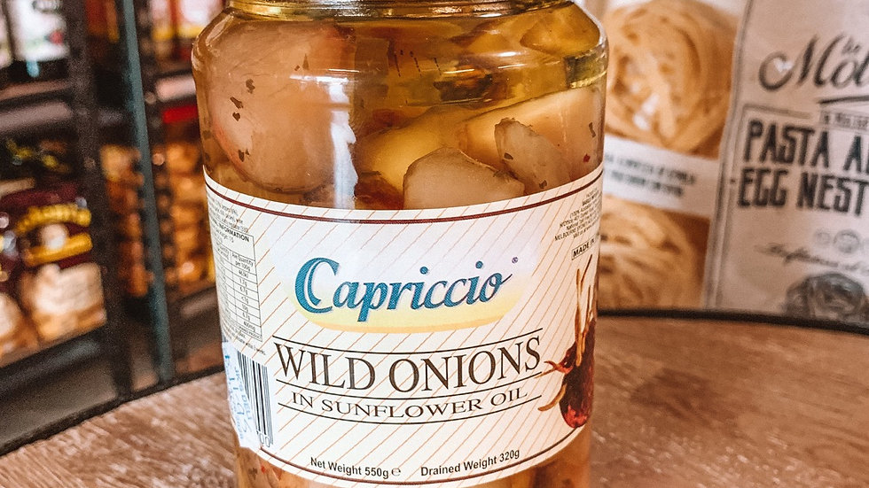 Wild onions in sunflower oil