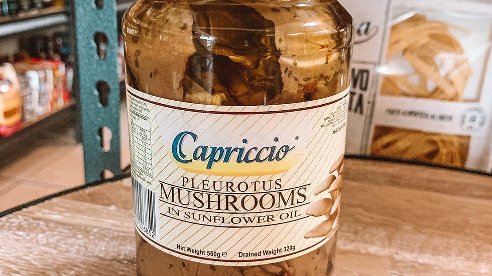 Pleurotus mushrooms in sunflower oil