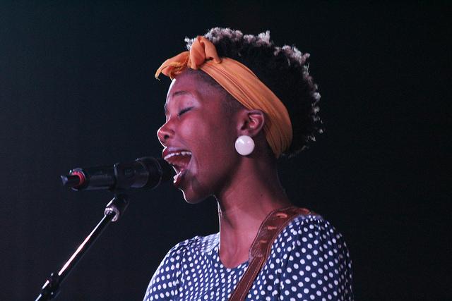 Jasmine Tate singing