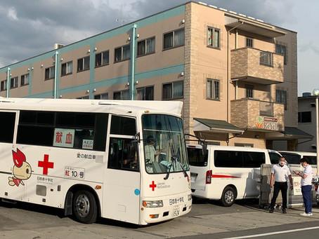 リエール四宮に献血車