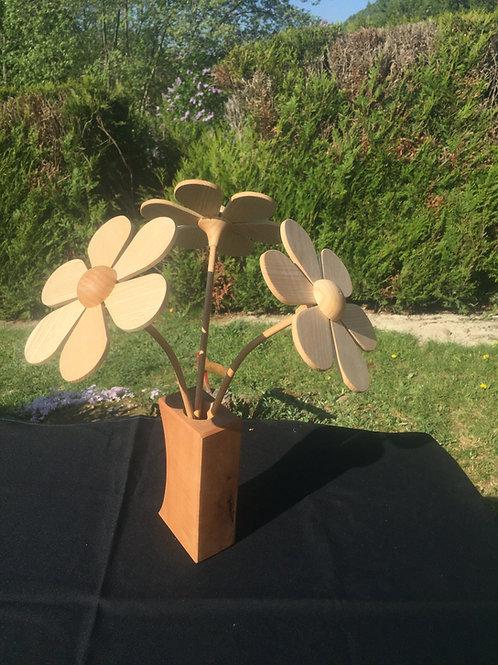Bouquet de 3 fleurs en bois + vase galbé