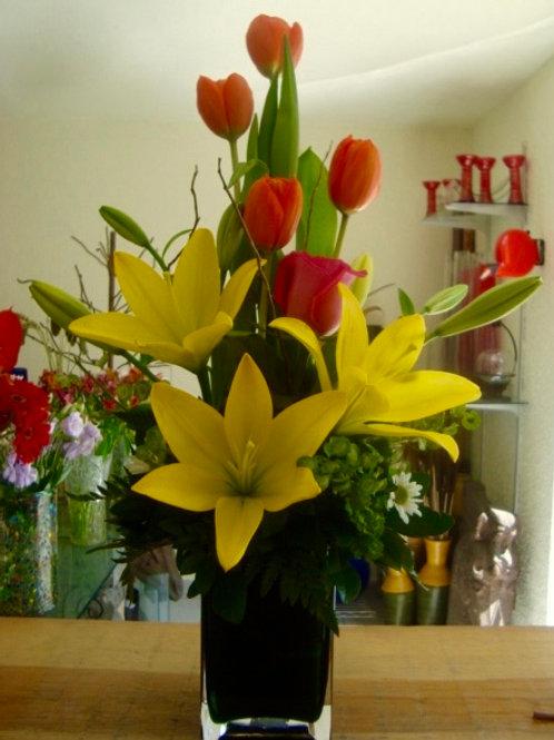 Tulipanes y lilis.