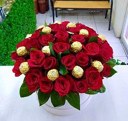 Rosas con chocolates Ferrero
