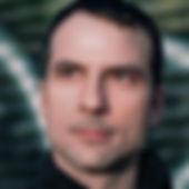 DAM_headshot1_1000.jpeg