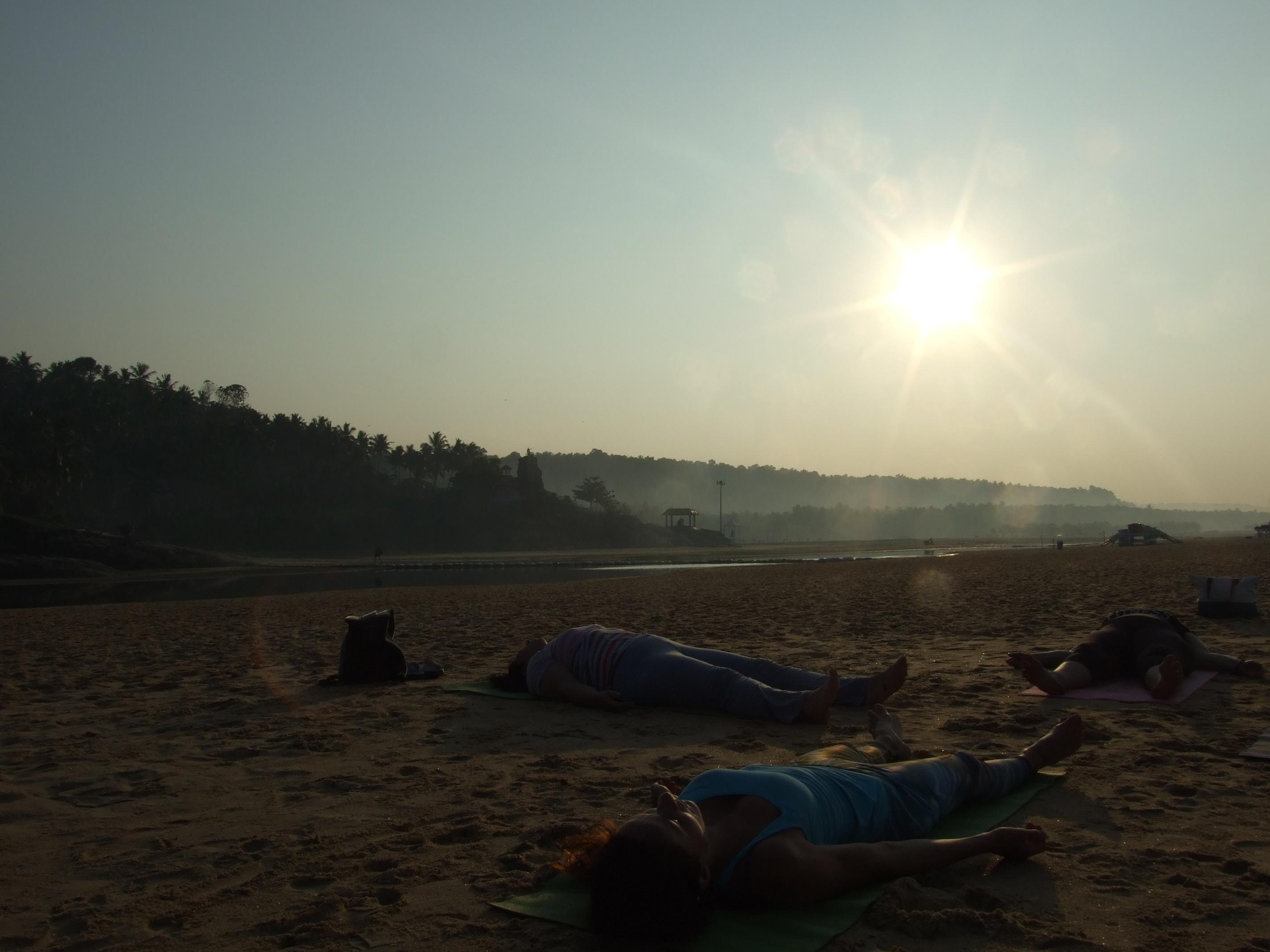 Jóga a relaxace na pláži