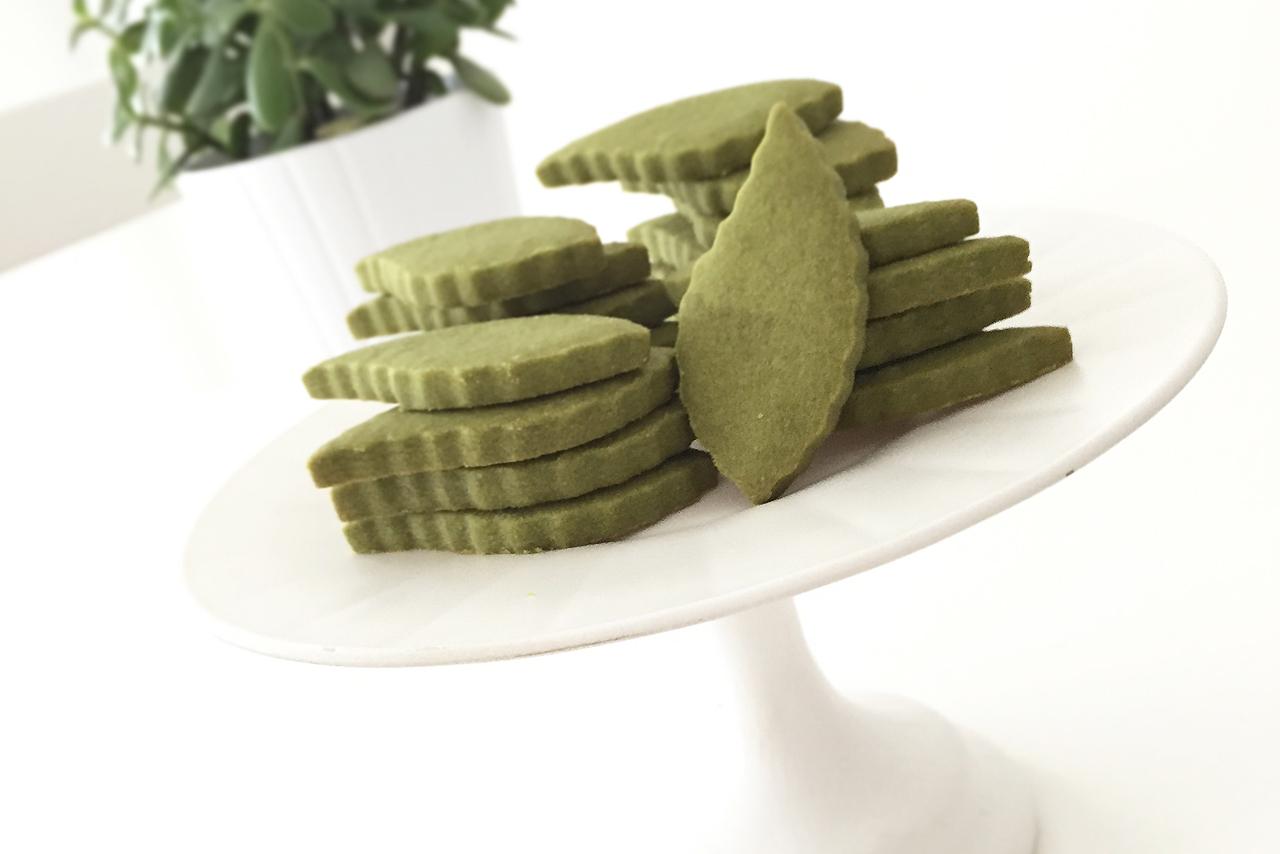 Matcha Green Tea Shortbread Leaves